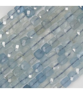 Aquamarine Faceted Cube 4 mm. Strand 40 cm.- Item: 11439