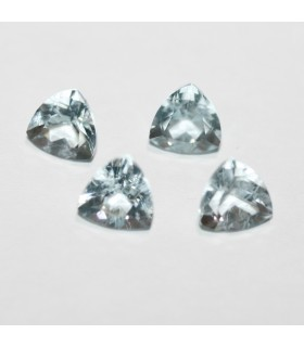 Lot Aquamarine Faceted Triangular 6..( 2.93 ct.).- Item: 063LO