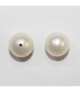 Round Pearl Half Drilled 7-7.5mm. (1 Pair).- Item.11970
