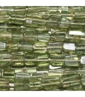 Apatito Verde Oliva Prisma 5x3mm -Hilo 40cm- Ref.3751