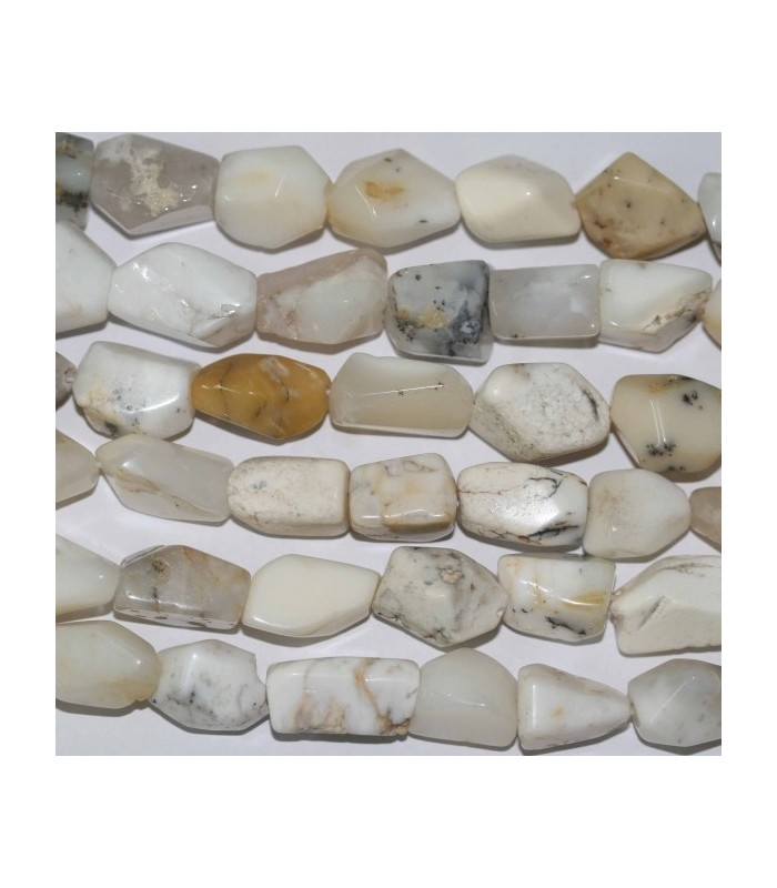 White Opal Nugget 15x10mm. Approx.-Strand 40cm.-Item.3705