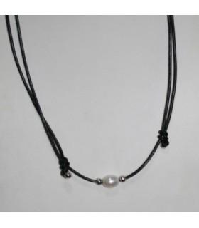 Collar Cuero Negro Nudo Corredizo Con Perla Y Plata-Ref.7370