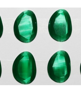 Cartón Ojo De Gato Verde Oval Facetado Sintetico 20x15mm.-( 6 Piezas )-Ref.7384