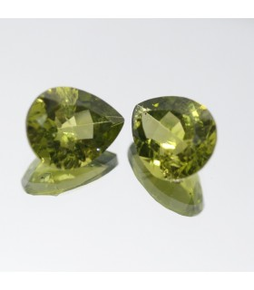 Peridoto Gota Facetado ( 6.4CT ) 1 Pareja 11x9mm.-Ref.009PE