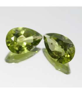 Peridoto Gota Facetado ( 8.9CT ) 1 Pareja 14x9mm.-Ref.010PE