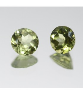 Peridoto Redondo Facetado ( 1CT ) 1 Pareja 5mm.-Ref.040PE