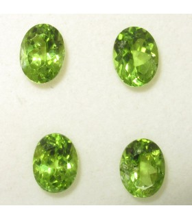 Lot Peridot Faceted Oval 8x6 mm. (4 pcs.).- Item:076LO