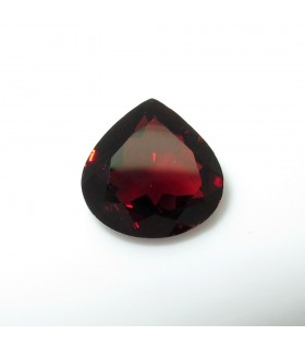 Garnet Faceted Drop 11 mm. (4.4 ct.).- Item: 252PE