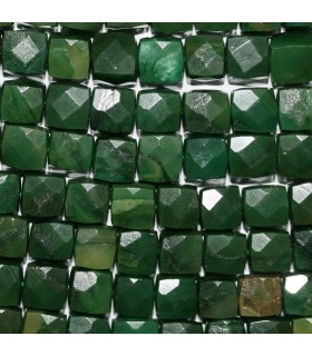 Chysoprase Faceted Cube Beads 8-9mm.-Strand 39cm.-Item.10749