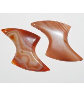 Colgante Carneola Boomerang 86x52mm. 1 pieza.- Ref: 10898