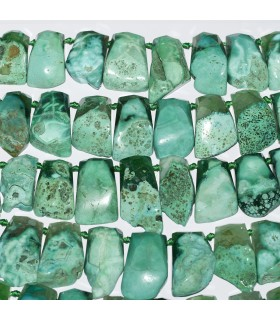 Green Agate Irregular Faceted Rectangular Degrade. Strand 42cm.- Item: 11316